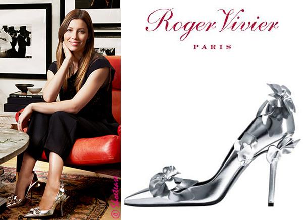 celeb metallic heels stiletto paris stylish actress black tshirt tees