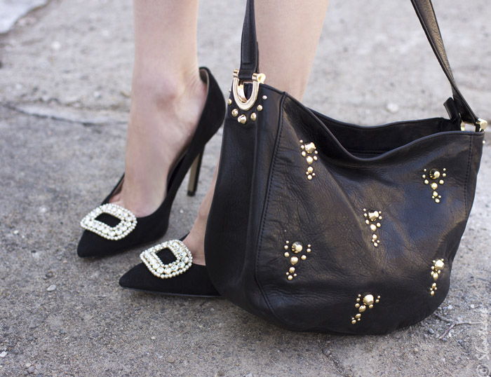 Toronto Street Style - Leather Purse, Black Pumps, Diamond Shoe Clips