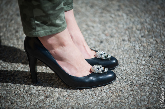 Toronto Street Style Fashion - Black High Heel with Sparkle Skull Shoe Clips, Camo Pants