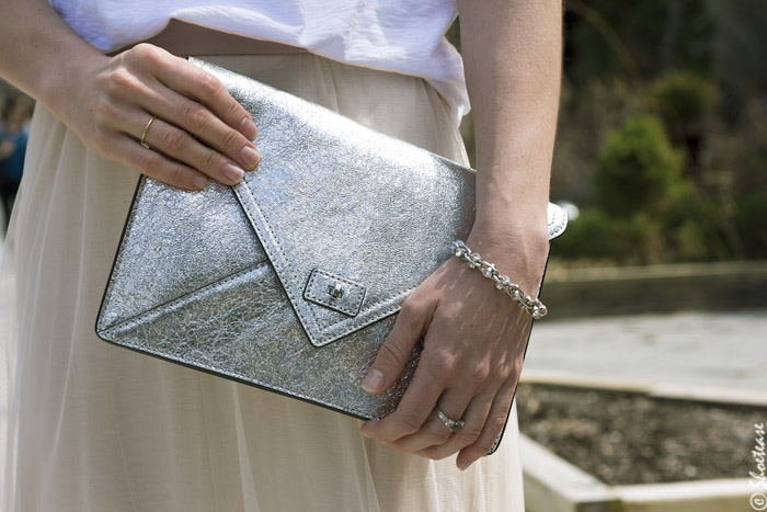 Milly Silver clutch