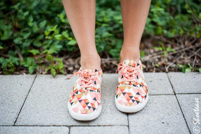 Delta Bucketfeet Sneakers