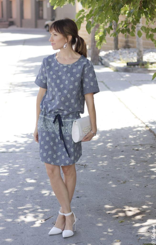 Street Style Gap Chambray bandana dress