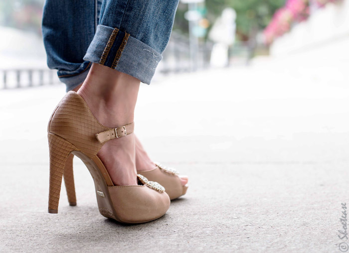 Accessorizing Nude High Heels with Diamond Shoe Jewelry