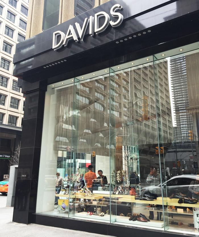 David S Shoes Sherway Gardens