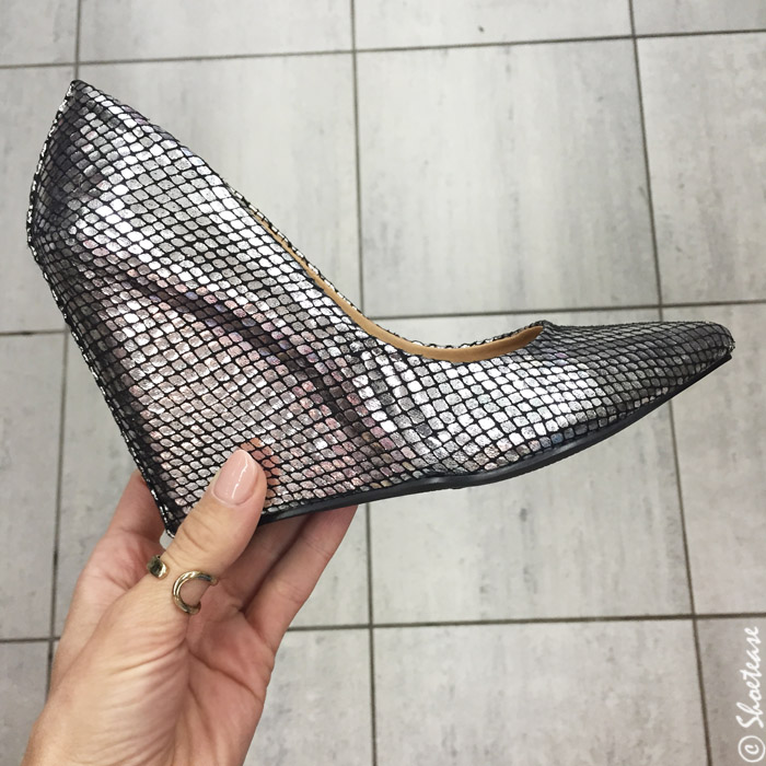 Dixie outlet shoe shopping silver wedges