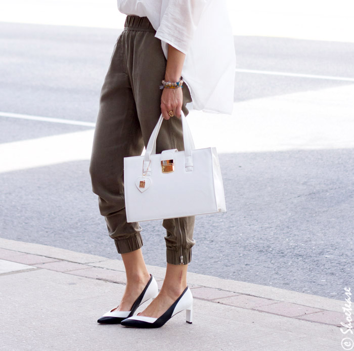 9to9 Black and White Pumps Styling with