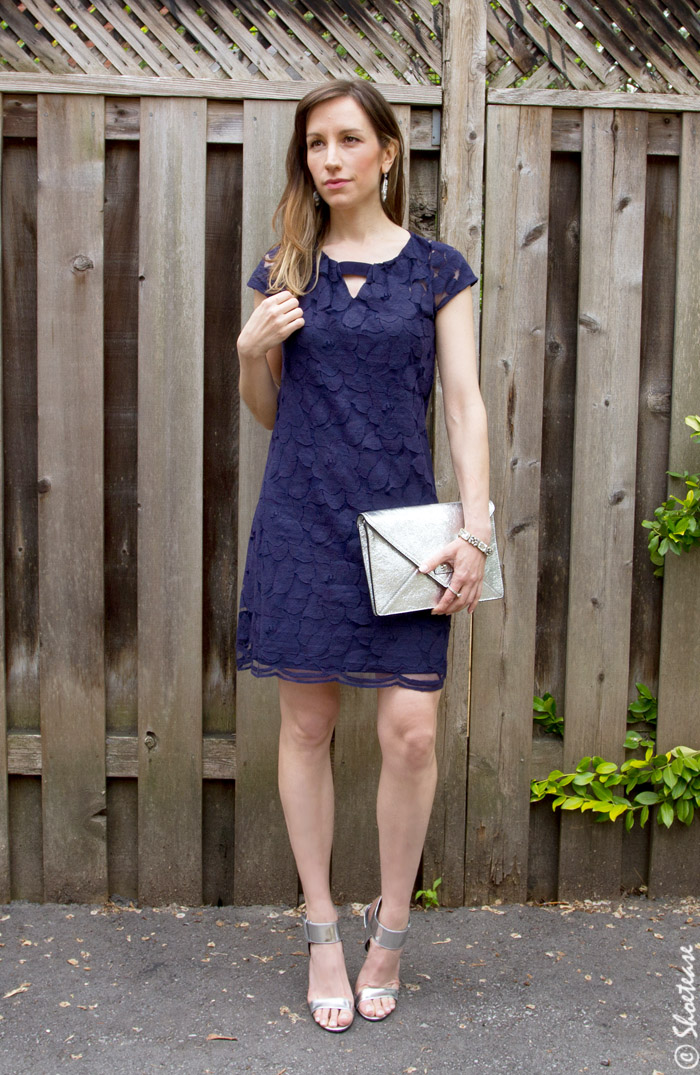 What Color Shoes With Navy Dress Question Answered