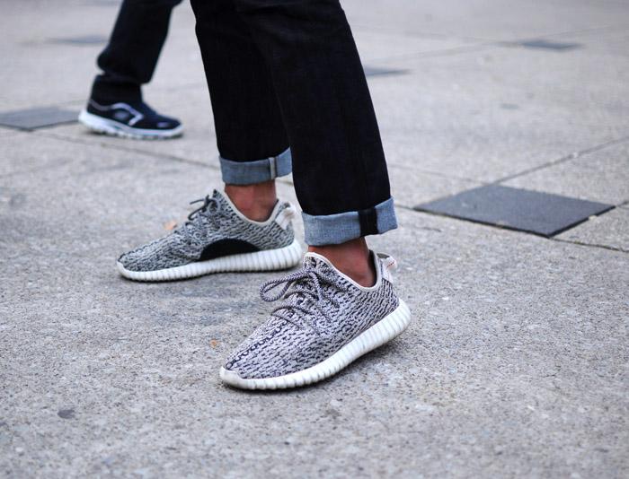adidas yeezy type shoes 1705211_1446650450828_620x691