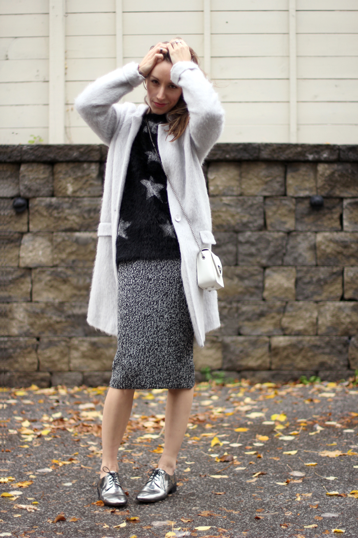 metallic silver oxfords womens outfit 3