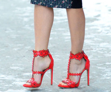 Don't do it! 5 Shoes Not to Wear in the Snow