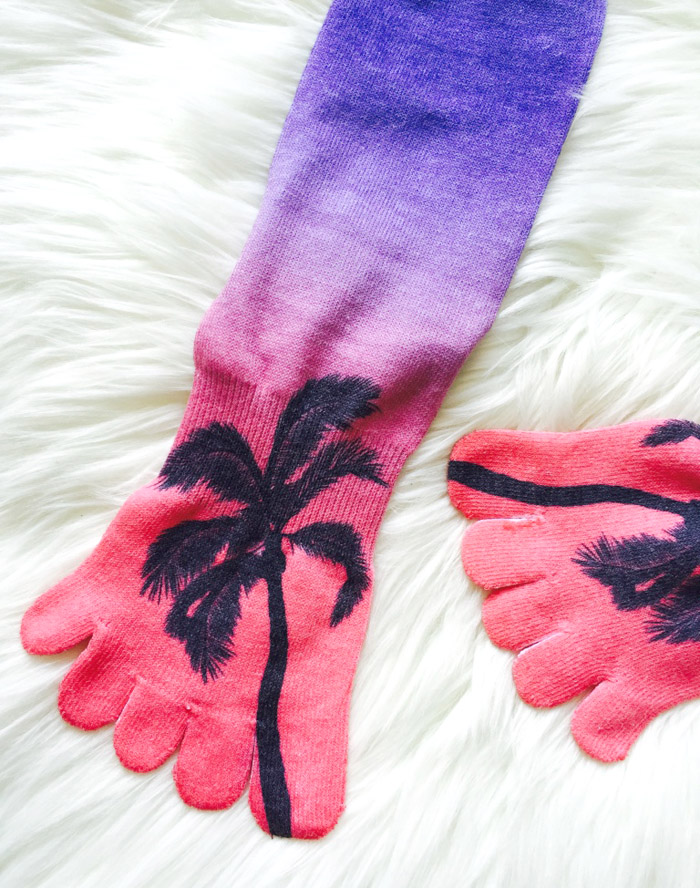 Toesox socks with toes tropical print