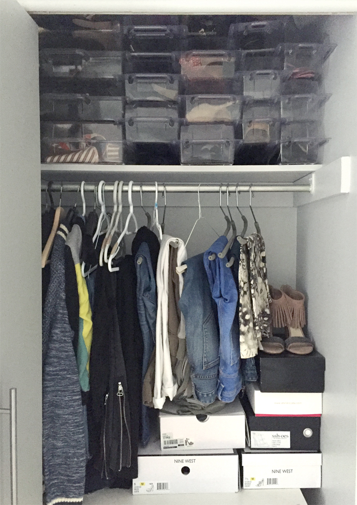 How to Organize Shoes in a Closet 1