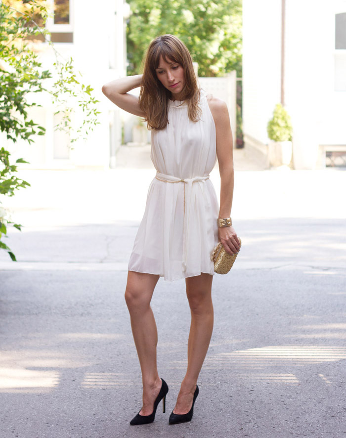 What Shoes To Wear With White Dress
