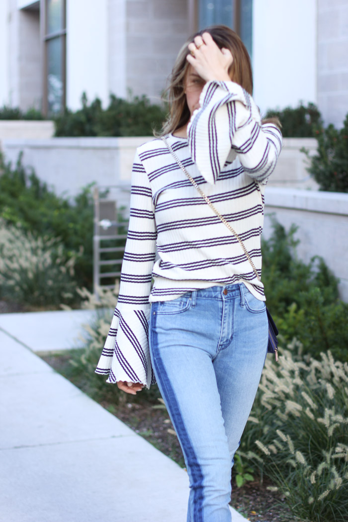 bell-sleeves-and-two-tone-jeans