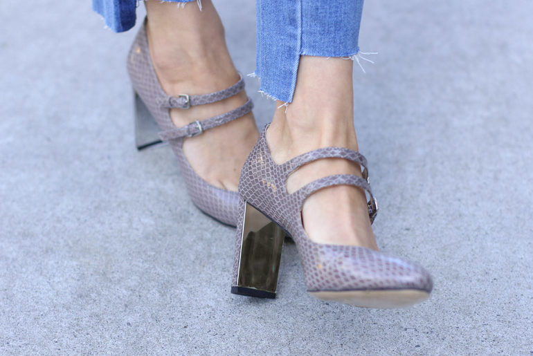 Styling Double Strap Mary Janes with Bell Sleeves & Two-Tone Skinny Jeans