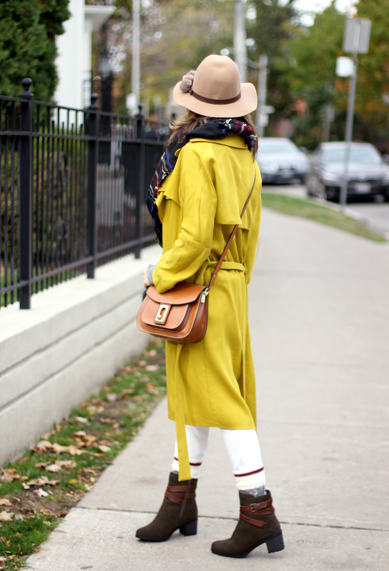 yellow-trench-arvida-cougar-waterproof-boots
