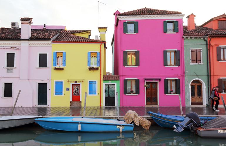Burano Island | Colorful homes in Venice